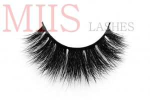 individual lashes salon